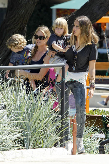 Denise Richards and Brooke Mueller hang out with their kids at Malibu Country mart.