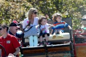 Denise Richards with Max and Bob Sheen on a hayride