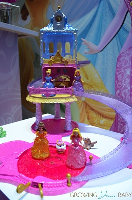 Disney Princess Glitter GliderTM Castle Playset