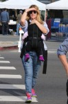 Drew Barrymore at the farmer's market with daughter Frankie Kopelman
