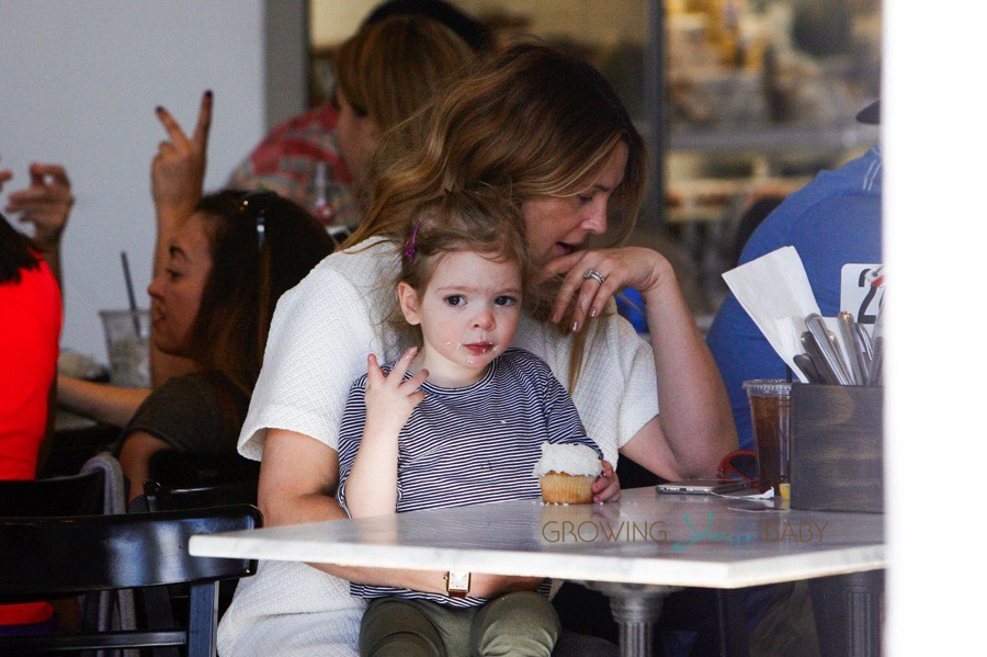 Drew barrymore has lunch with her daughter olive kopelman growing