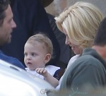 """Elizabeth Banks takes her kids, Felix Handelman and her one-year-old Magnus Mitchell to the set of """"Love & Mercy"""" in Beverly Hills, CA"""