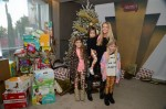 Eloise Richards, Denise Richards, Lola Sheen, Sam Sheen at the Secret Santa Workshop
