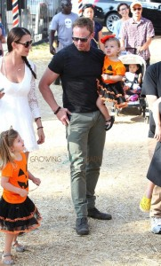 Erin and Ian Ziering with daughters Penna and  Mia at Mr