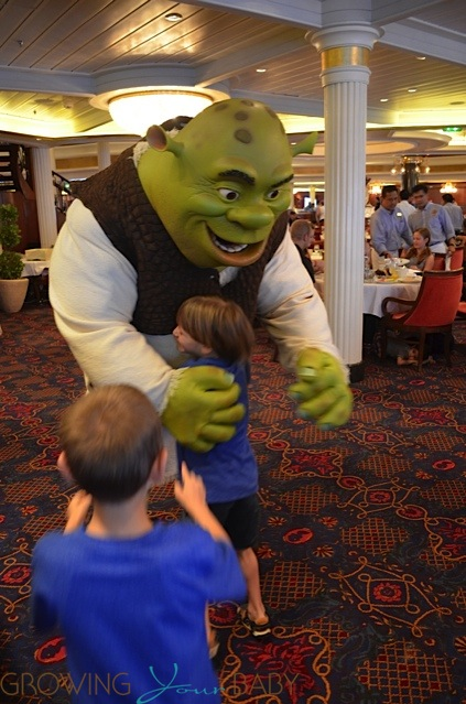 Freedom of the Seas - Dreamworks Character breakfast