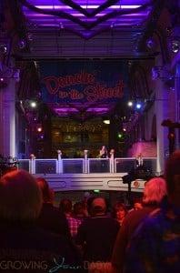 Freedom of the Seas - promenade disco night