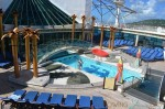 Freedom of the Seas - solarium pool