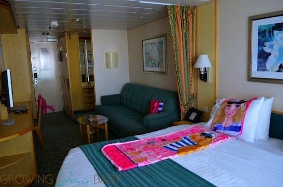 Freedom of the Seas - standard balcony cabin