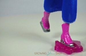 Frozen Skating Anna Doll - skates