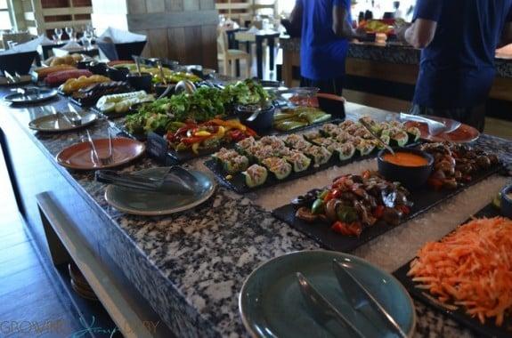 Generations Riviera Maya - chef's market salad bar