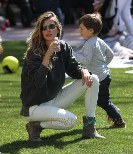 Victoria's Secret supermodel Gisele Bundchen enjoys a play date with son Benjamin Brady and baby Vivian Lake Brady at Tribeca Park in New York City