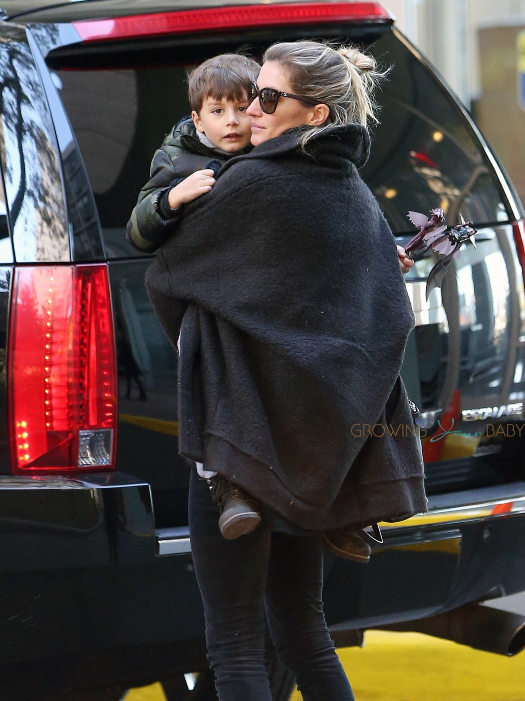 EXCLUSIVE: Gisele Bundchen and son Benjamin meet up with Tom