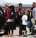 Gwen Stefani and Gavin Rossdale  board a private jet with son Kingston
