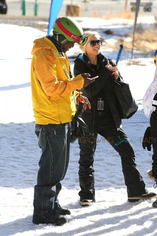 Gwen Stefani and Seal chat on the slopes