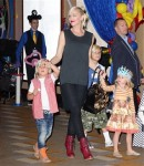 Gwen Stefani with sons Kingston and Zuma at Disney Junior Live On Tour!