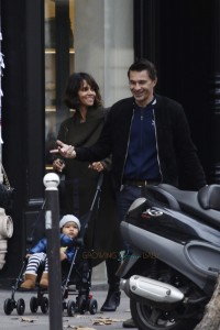Halle Berry & Olivier Martinez with son Maceo in Paris
