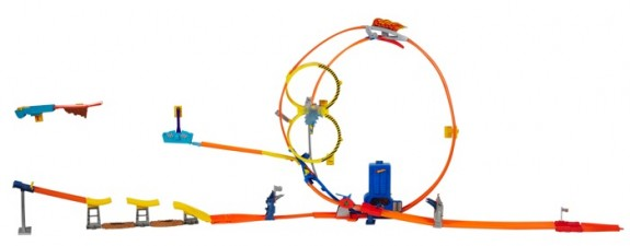 Hot Wheels Super Loop Chase Race Track Set (BGJ55)