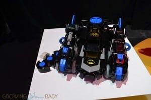 Imaginext® DC Super Friends RC Transforming Bat Bot