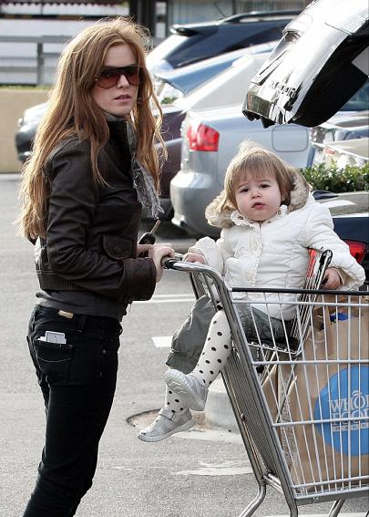 Isla Fisher and daughter Olive shop at Whole Foods in West Hollywood.