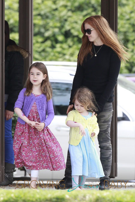 Photo of Isla Fisher & her Daughter  Elula Lottie Miriam Cohen