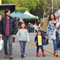 Jason Bateman & His Family Stock Up At The Market!