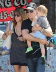 Selma Blair Back Together with Jason Bleick Go to the Farmers Market