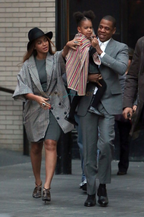 Jay Z and Beyonce leaving the Annie Premiere with daughter Blue Ivy Carter