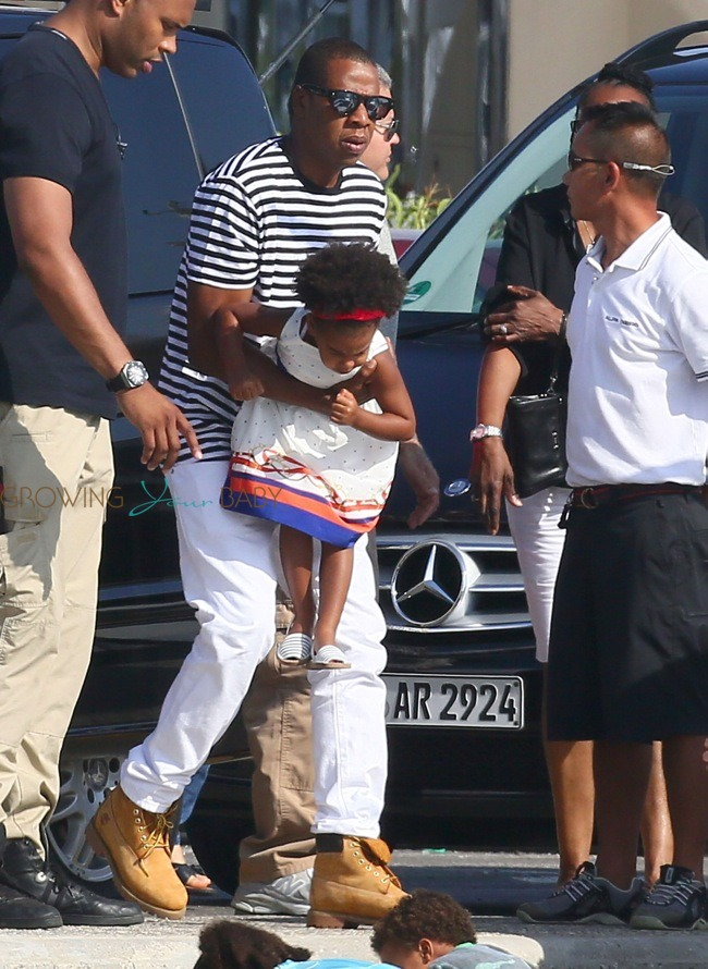 Jay-z with daughter Bl...