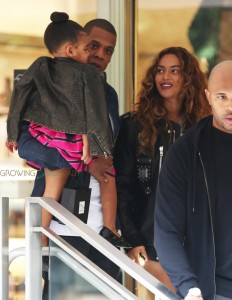 Jayz And Beyonce out shopping in LA with Blue Ivy
