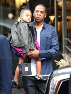 Jayz & Blue Ivy Carter out shopping in LA