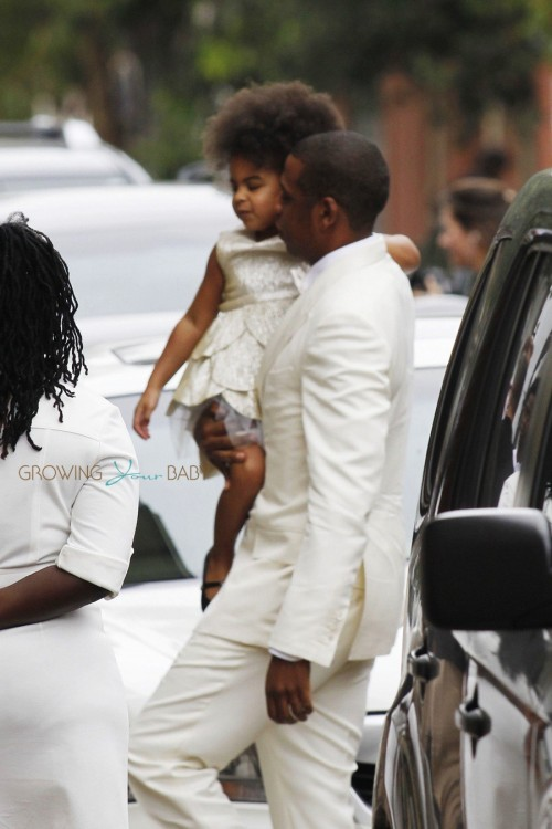 Jayz carries Daughter Blue Ivy before Solange's wedding