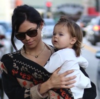 Jenna Dewan-Tatum Plays at the Park With Daughter Everly