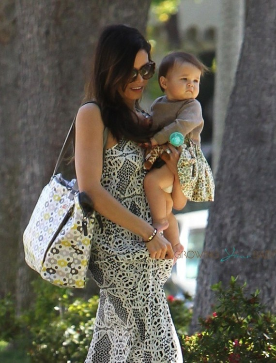 Jenna Dewan Tatum leaves a baby class with daughter Everly