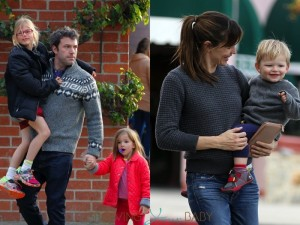 Jennifer Garner and Ben Affleck enjoy a day out a the park with their kids