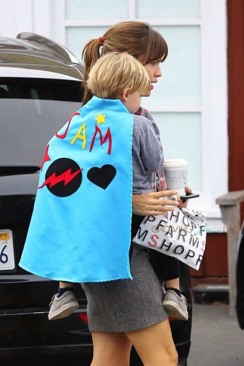 Jennifer Garner at the Brentwood Country Market with son Sam Affleck