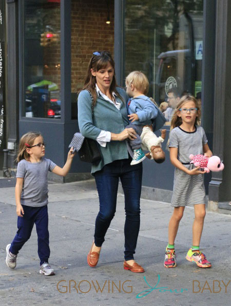 Jennifer Garner with kids Violet,  Seraphina & Samuel out in NYC