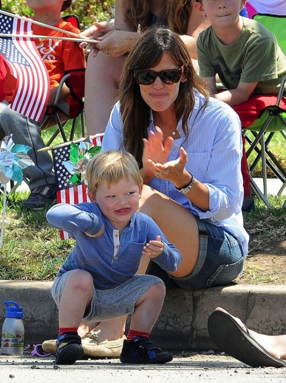 Jennifer Garner with son Sam at 4th of July Parade in Pacific Palisades