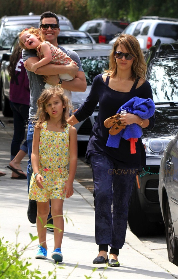 Jessica Alba And Cash Warren Out At The Park With Daughter