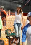 Jessica Alba grabs some pumpkins at Mr