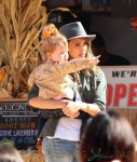 Jessica Alba with daughter Haven at Mr