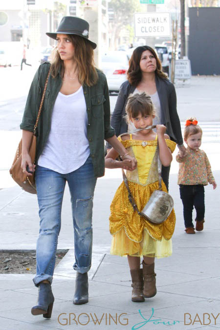 Jessica Alba with daughters Haven & Honor at Mr. Bones at breakfast in LA