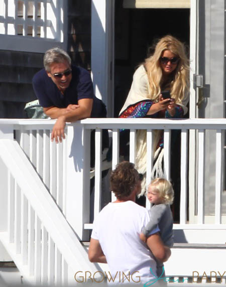 Jessica SImpson and Eric Johnson with their daughter Maxwell at the beach in Newport, RI