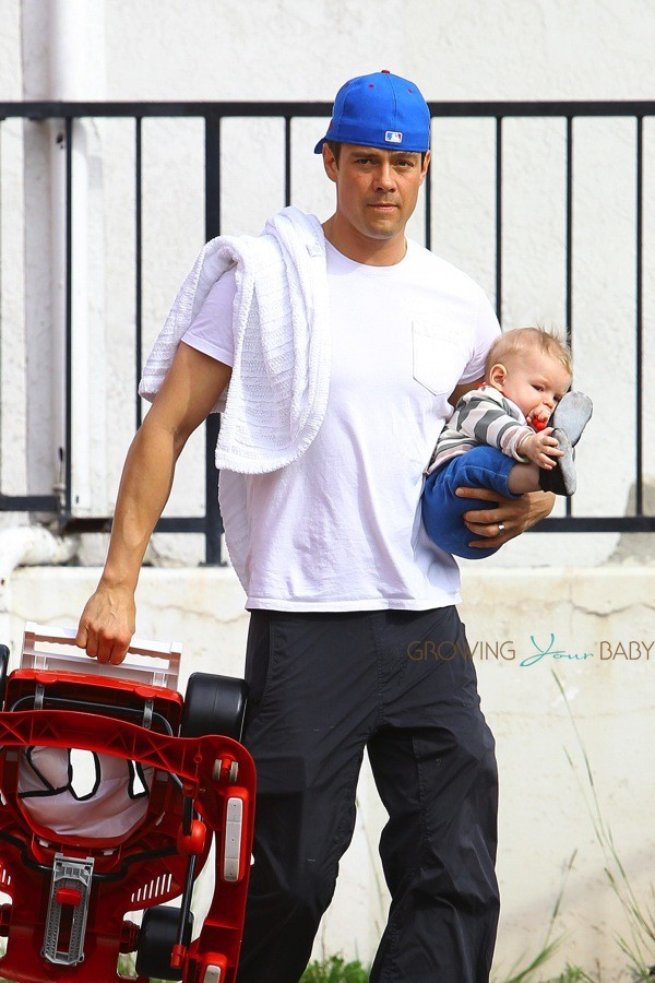 Josh Duhamel out with ... Josh Duhamel
