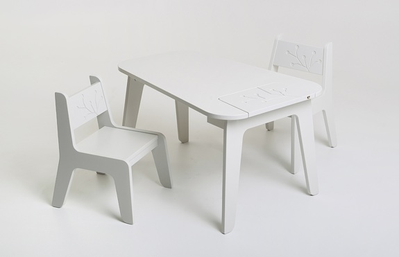 KUKUU's bird&berry Collection - table & chairs