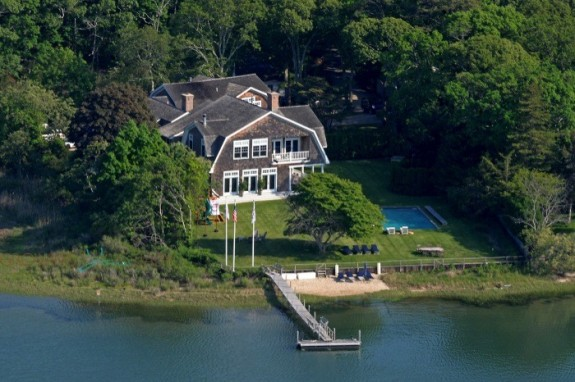 Kardashians Hamptons Rental aerial view