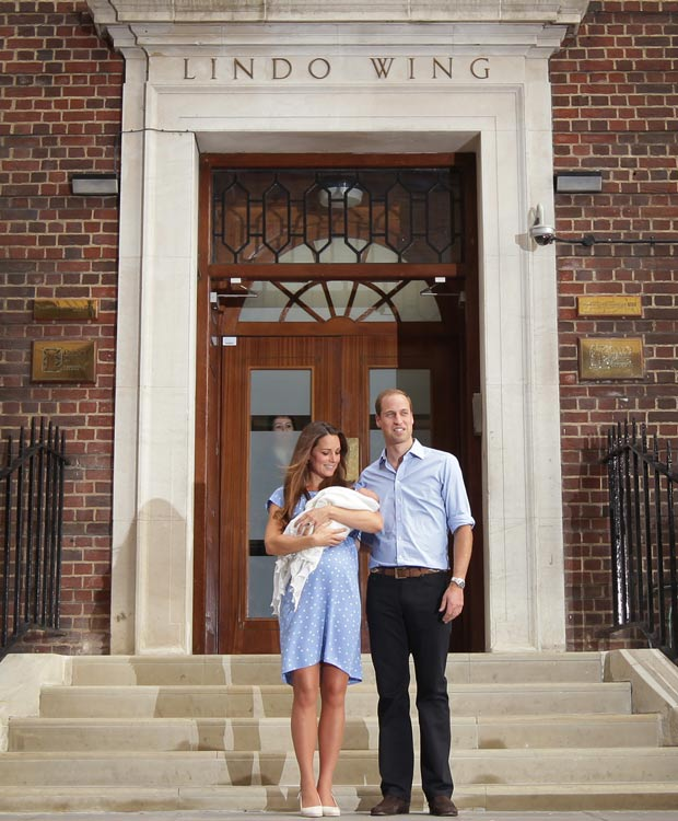 Kate and William with baby George at St. Mary's Hospital