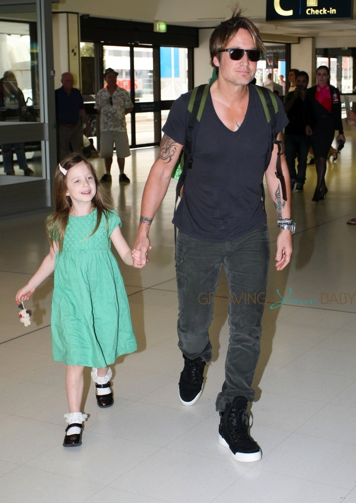 Keith Urban With Daughter Sunday Rose Growing Your Baby