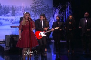 Kelly Clarkson performs on Ellen