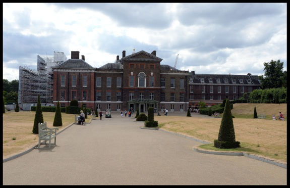 Tv crews have now moved from St Mary's Hospital to Kensington Palace where the Duke and  Duchess of Cambridge spent the night with their new baby boy in London