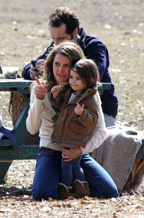 Keri Russell visits with her daughter Willa Dreary on the set of the Americans